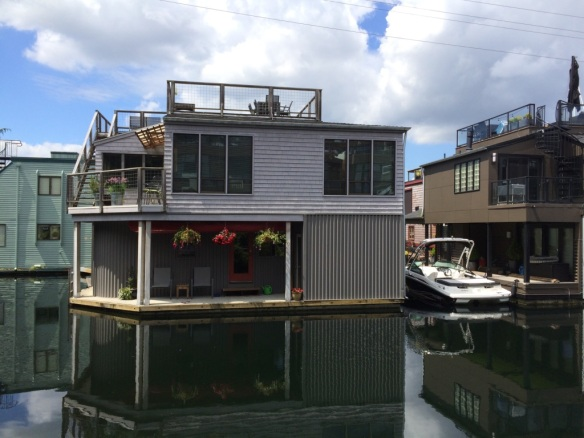 floating house2